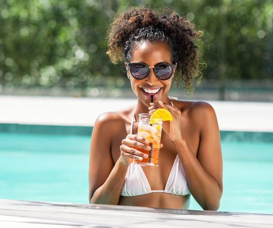 How to Travel Safely and Cheaply This Summer