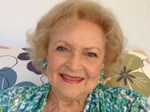 PopUps: Here's How Betty White Will Celebrate Her 99th Birthday