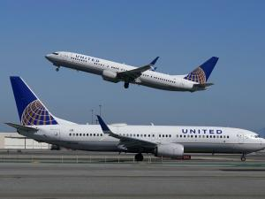 United Airlines Posts $1 Billion Loss in Pandemic-Laden Q4